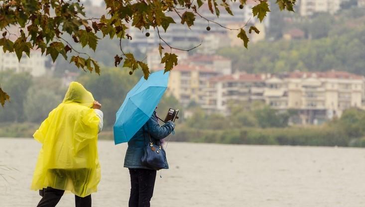 Sobota pochmurna i deszczowa, niedziela pogodniejsza. Pogoda na weekend