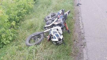 9-latek na motocyklu zderzył się z samochodem