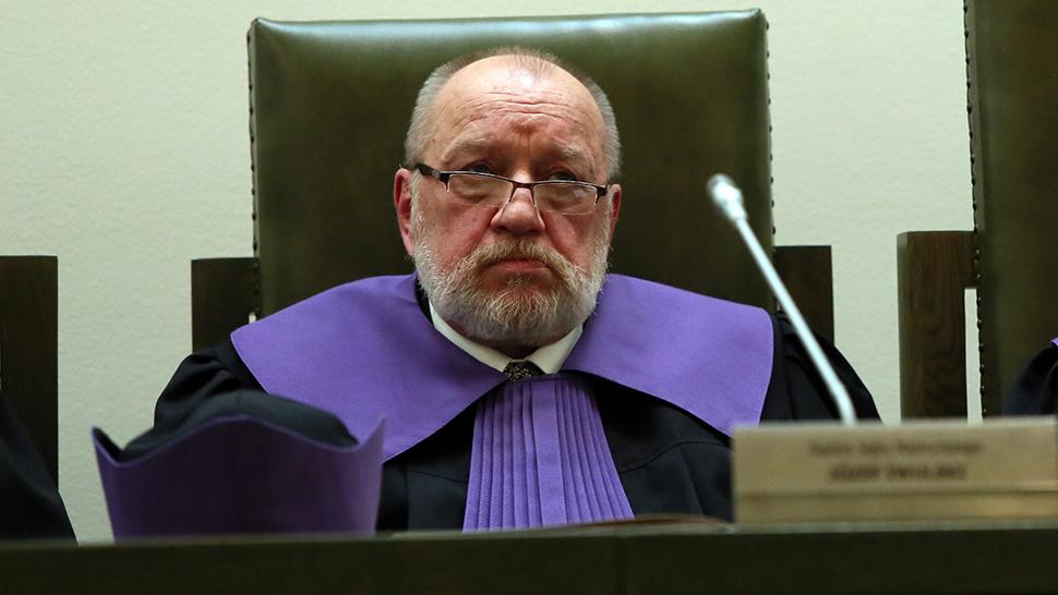 16.07.2018 | Sędzia Iwulski tłumaczy się z orzekania w procesach politycznych