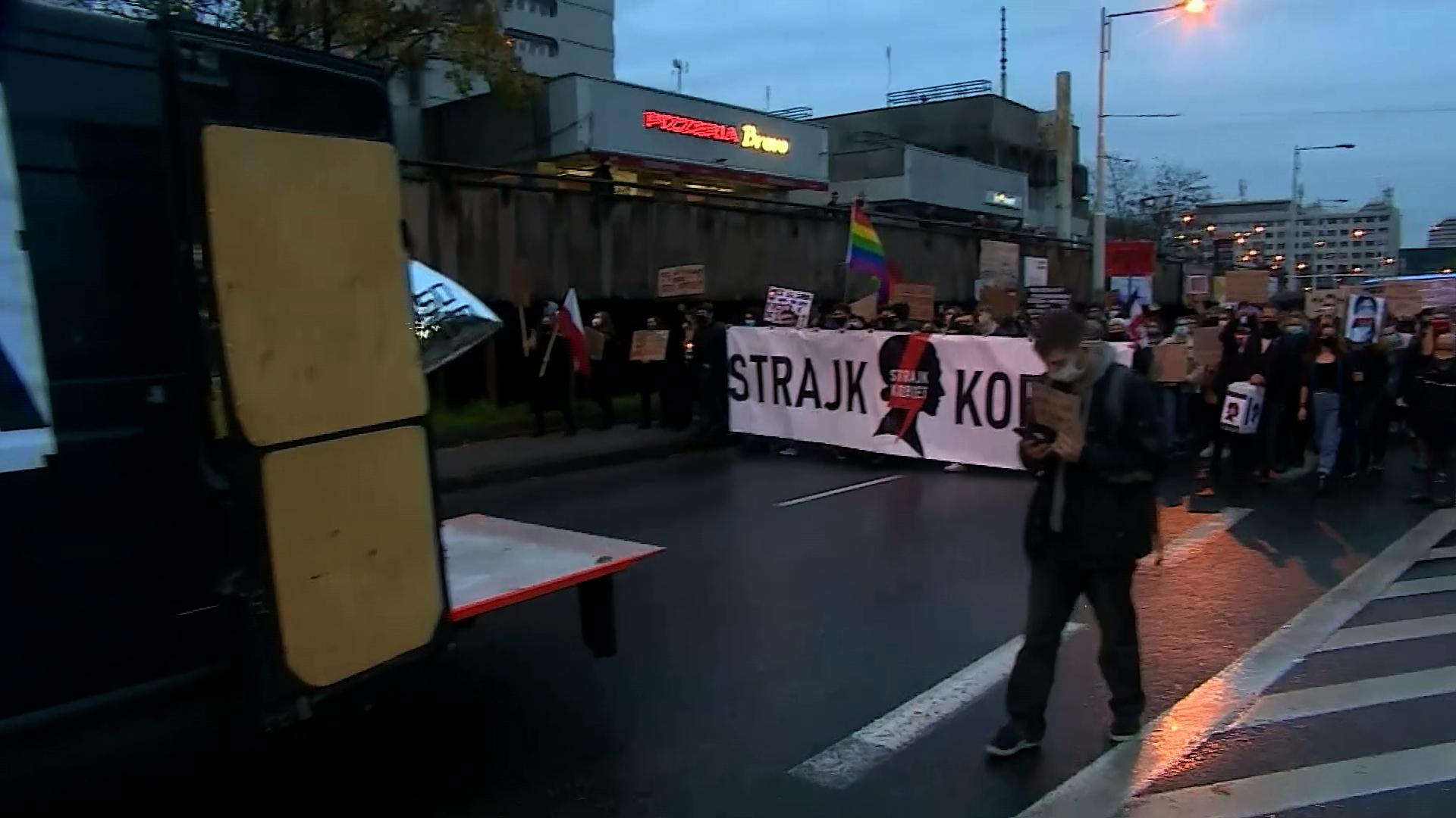 Rząd zwleka z publikacją wyroku TK, Sejm zwleka z zajęciem się ustawą prezydenta
