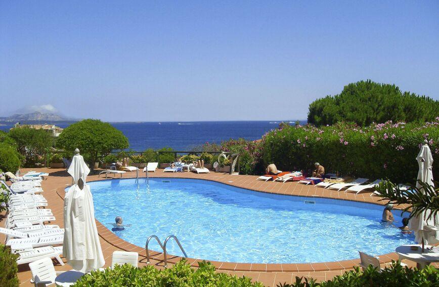 Punta Est Hotel - Baia Sardynia